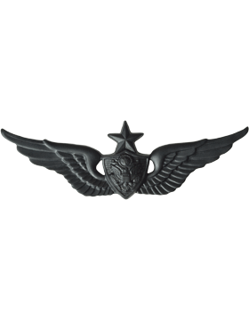 Black Metal Badge Senior Aircraft Crewman