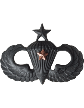 Black Metal Badge Sr Parachutist w/ 1 Combat Star
