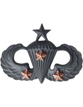 Black Metal Badge Sr Parachutist w/ 3 Combat Stars