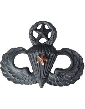 Black Metal Badge Mstr Parachutist w/ 1 Combat Star
