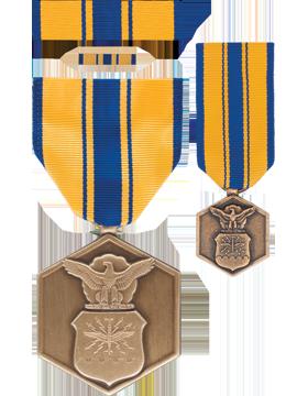 Air Force Commendation,Box Set w/Lapel Pin & Mini Medal