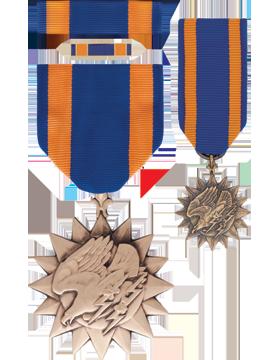Air Medal,Box Set w/Lapel Pin & Mini Medal