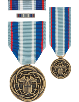 Air And Space Medal, Box Set with Lapel Pin & Mini Medal