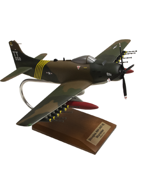 Douglas A1H Skyraider USAF Model Plane Scale 1:40