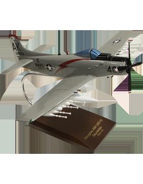 Douglas A1H Skyraider USN Model Plane Scale 1:40