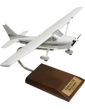 Cessna 172 Skyhawk Modern Model Scale 1:32