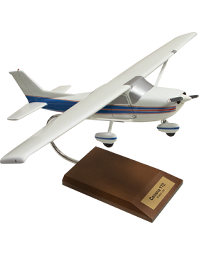 Cessna 172 Skyhawk Model Scale 1:24