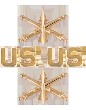 No-Shine (NS-O202) Air Defense Artillery and US Officer