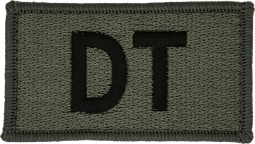 DT Foliage Leadership Patch with Fastener