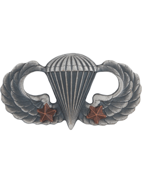 Parachutist with 2 Combat Star