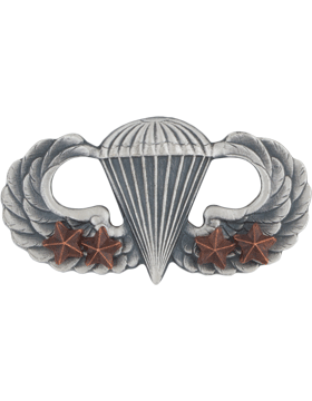 Parachutist with 4 Combat Star