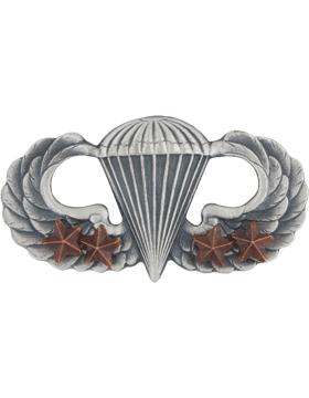 Parachutist with 4 Combat Star