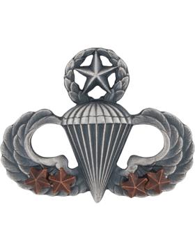 Master Parachutist with 4 Combat Star